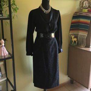 Dresses & Skirts - 🍁Black wool blend pencil skirt🍁
